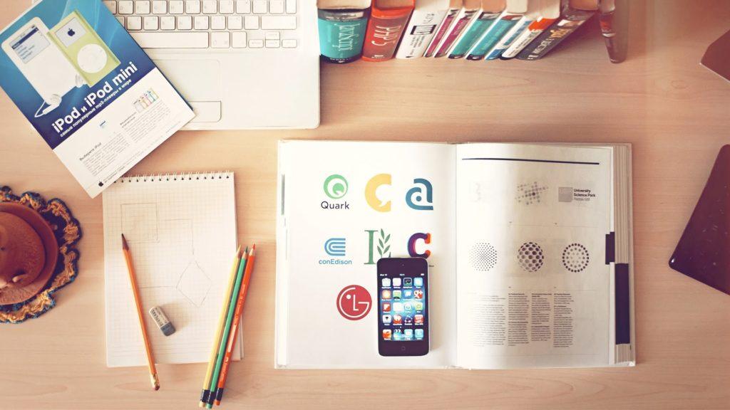 É possível criar um negócio online nas férias da faculdade